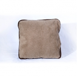 """Декоративная подушка """"Диванная"""" (верблюд / белый меринос)"""