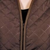 Женский жилет (лама / коричневая плащевка)