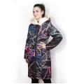 Женская удлиненная куртка-пальто Мария (граффити) с капюшоном