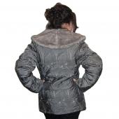 Женская плащевая куртка с воротником под норку